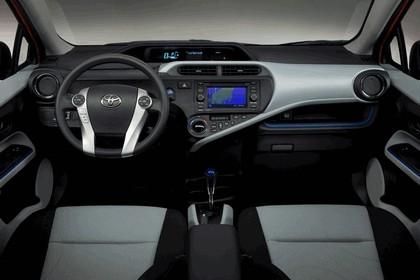 2011 Toyota Prius c 34