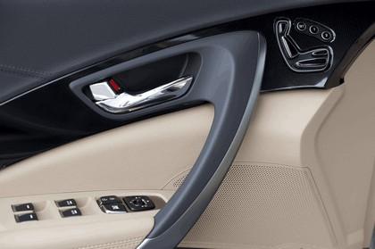 2012 Hyundai Azera 36