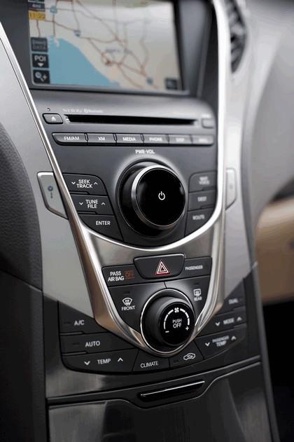 2012 Hyundai Azera 39