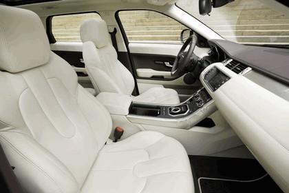 2012 Land Rover Range Rover Evoque 5-door 32