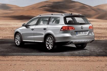 2011 Volkswagen Passat Alltrack 2