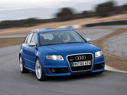 2006 Audi RS4 Avant 4