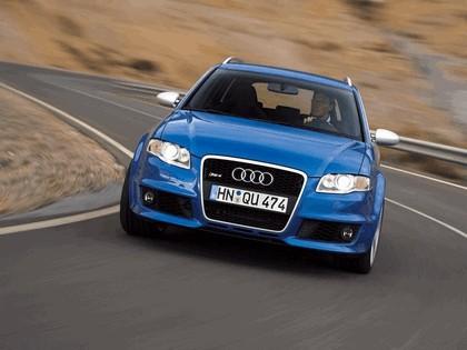 2006 Audi RS4 Avant 6