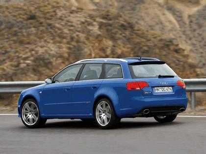 2006 Audi RS4 Avant 10