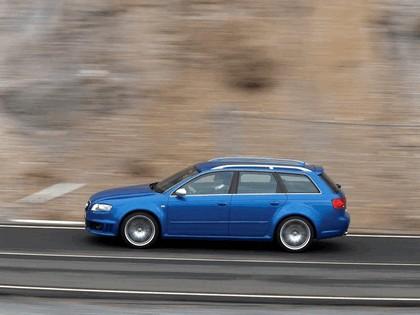 2006 Audi RS4 Avant 11