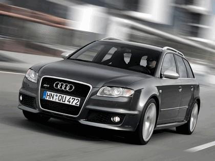 2006 Audi RS4 Avant 14