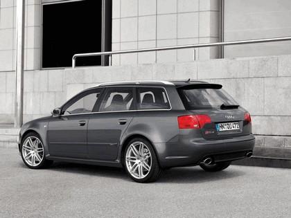 2006 Audi RS4 Avant 16