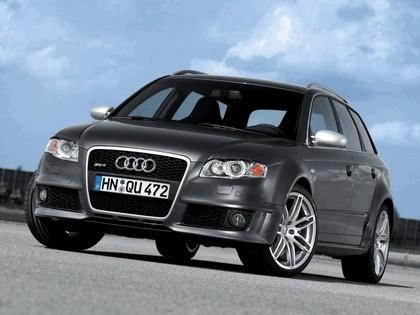 2006 Audi RS4 Avant 17