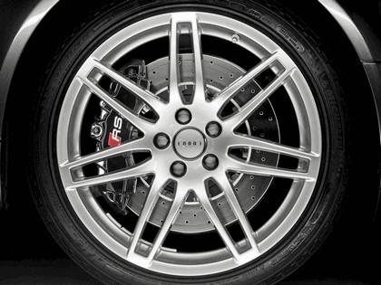 2006 Audi RS4 Avant 18