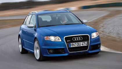 2006 Audi RS4 Avant 2