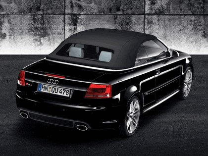 2006 Audi RS4 cabriolet 3