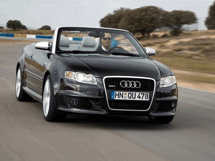 2006 Audi RS4 cabriolet 7