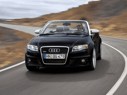 2006 Audi RS4 cabriolet 8