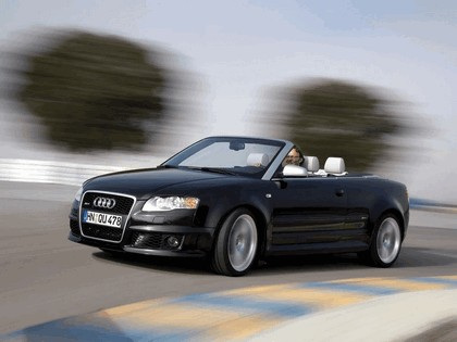 2006 Audi RS4 cabriolet 11