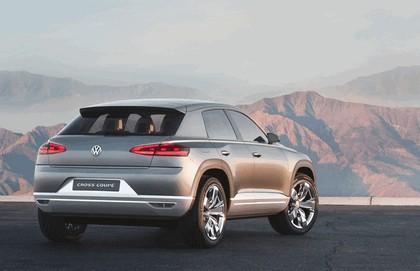 2011 Volkswagen Cross Coupé concept 8