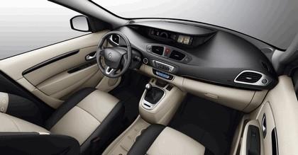 2012 Renault Scenic 7