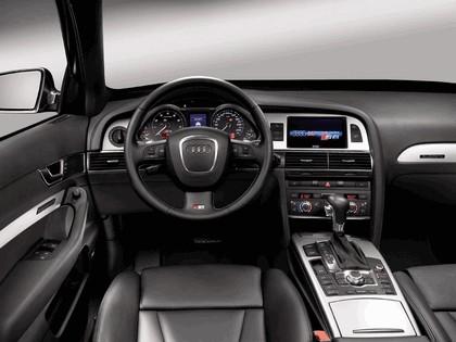 2006 Audi S6 Avant 11