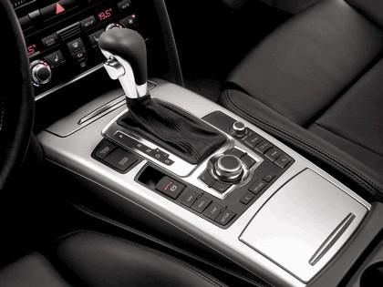 2006 Audi S6 Avant 13