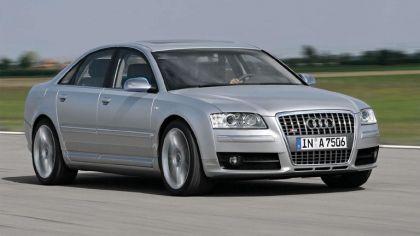 2006 Audi S8 8