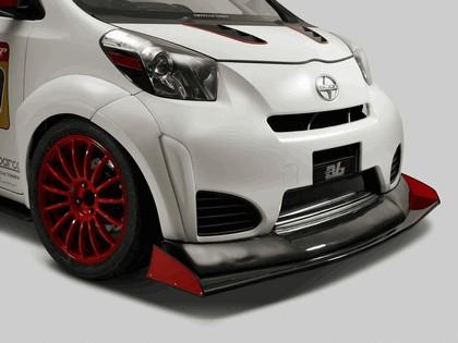 2011 Toyota iQ Evasive 6