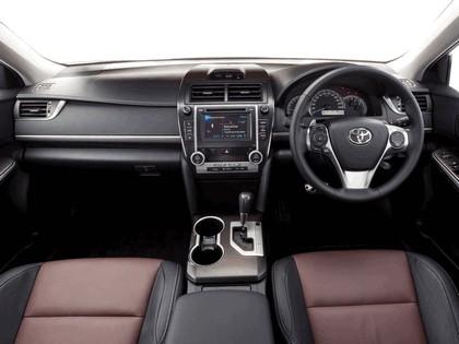 2011 Toyota Camry Atara SX 13