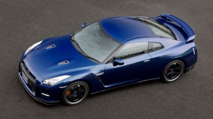 2011 Nissan GT-R ( R35 ) with Track Pack 7