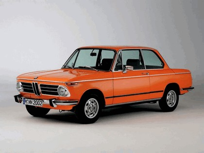 2006 BMW 2002 tii ( 40th birthday reconstructed ) 1