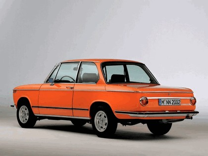 2006 BMW 2002 tii ( 40th birthday reconstructed ) 3