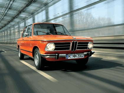 2006 BMW 2002 tii ( 40th birthday reconstructed ) 6