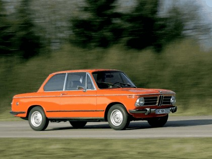 2006 BMW 2002 tii ( 40th birthday reconstructed ) 9
