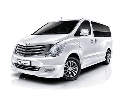 2011 Hyundai Grand Starex Royale 1