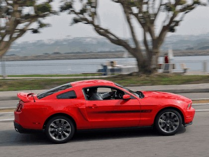 2010 Ford Mustang 5.0 GT California special package 4