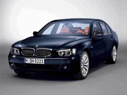2006 BMW 730d Special edition exclusive ( carbon black - gold brown ) 1
