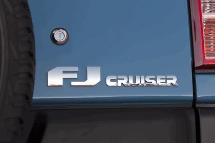 2012 Toyota FJ Cruiser 30