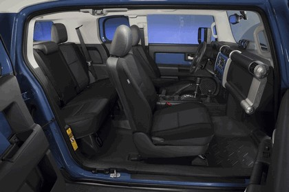 2012 Toyota FJ Cruiser 34
