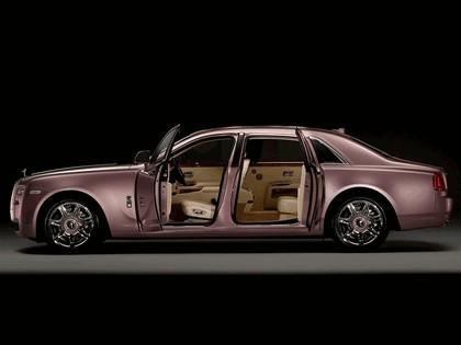 2011 Rolls-Royce Ghost Rose Quartz 2