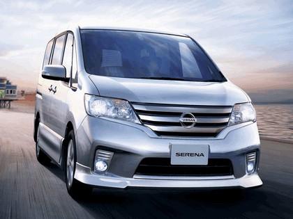 2011 Nissan Serena ( C26 ) Highway Star V Aero 1