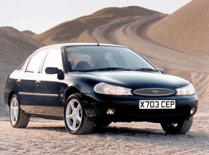 1996 Ford Mondeo hatchback - UK version 1