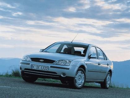 2000 Ford Mondeo sedan 5