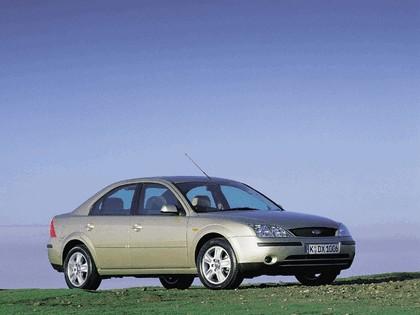 2000 Ford Mondeo sedan 7