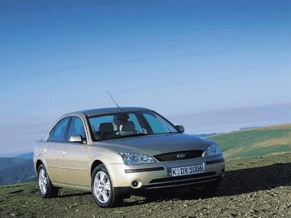 2000 Ford Mondeo sedan 9