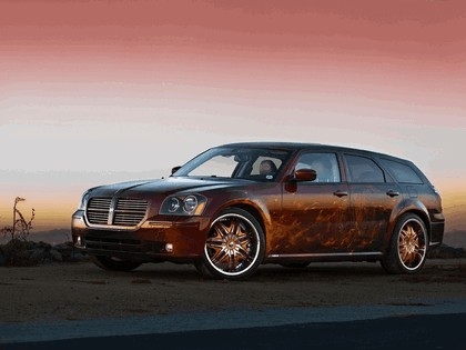 2005 Dodge Magnum by Cats Roar 1