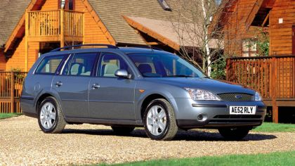 2000 Ford Mondeo station wagon - UK version 9