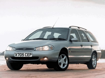 1996 Ford Mondeo station wagon - UK version 1
