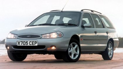 1996 Ford Mondeo station wagon - UK version 3