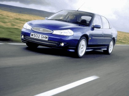 1999 Ford Mondeo ST200 sedan 3