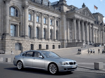 2006 BMW Hydrogen 7 17