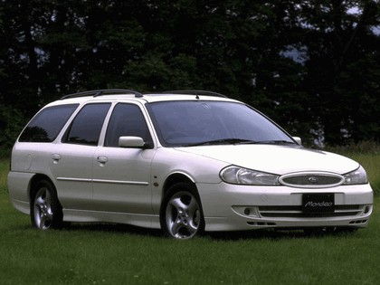 1996 Ford Mondeo GT station wagon - Japan version 1