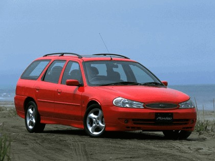 1996 Ford Mondeo GT station wagon - Japan version 4
