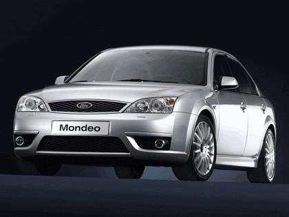 2002 Ford Mondeo ST220 sedan 4